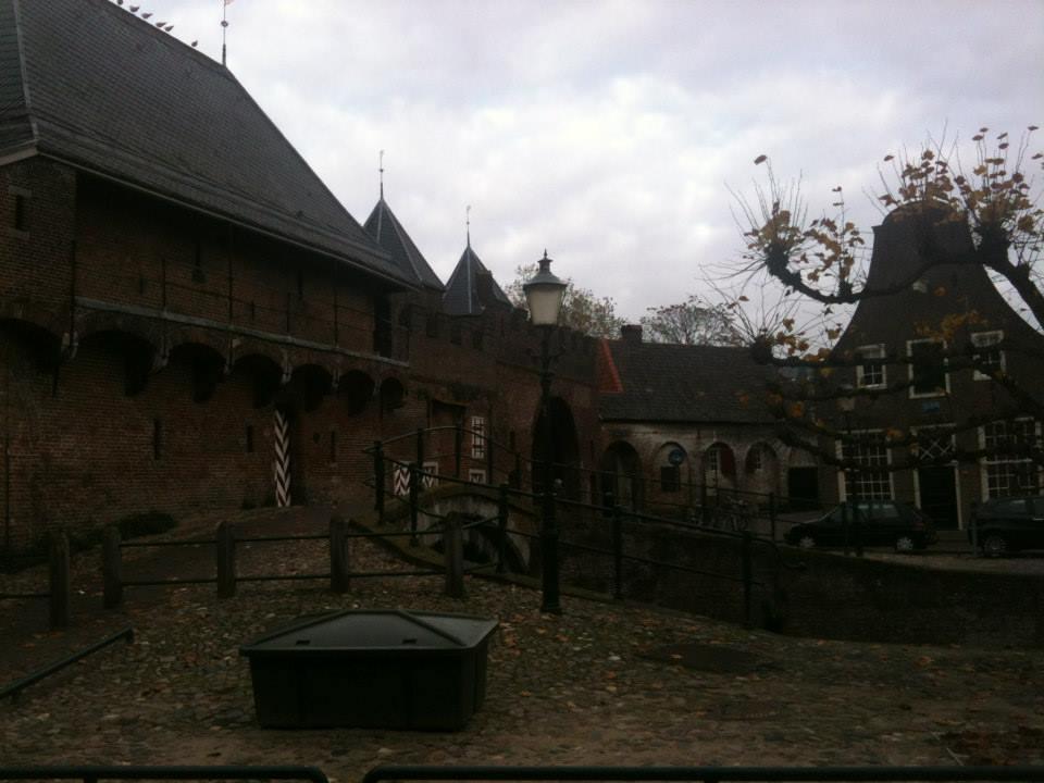 Amersfoort et sa porte du Moyen-Age (koppelpoort)
