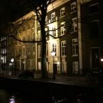 Amsterdam vue sur les canaux la nuit
