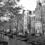 Amsterdam capitale des Pays-Bas et ses canaux