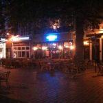 Restaurant sur la place Grote Markt