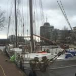 Leeuwarden péniche dans le centre ville