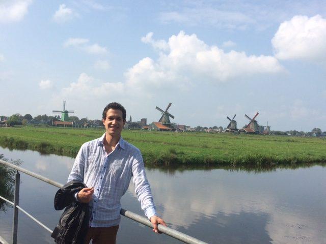 Malik-Nicolas Abdesselam Expat aux Pays-Bas